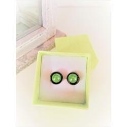 Perleťové náušničky menšie zelené
