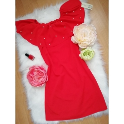 Šaty s perličkami
