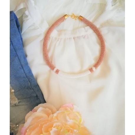 Vzorový náhrdelník bielo-zlatá